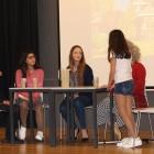 Atuação dos alunos do 8.º ano, ensaiada no âmbito da disciplina de Expressão Dramática 04